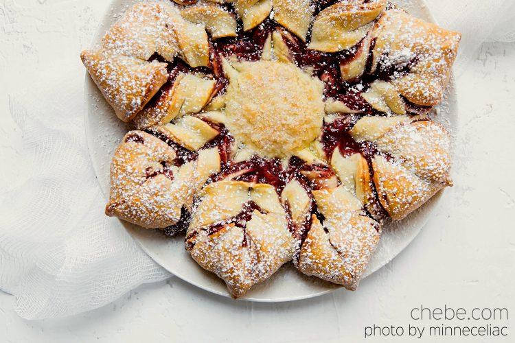 Chebe Raspberry Holiday Star Bread