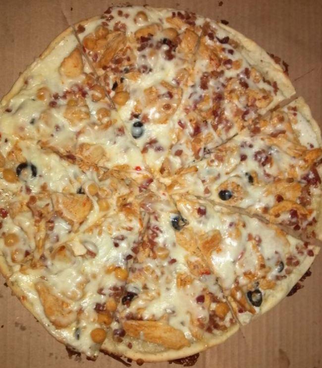 Chebe Chicken Bacon Ranch Pizza